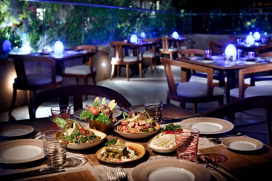 مميزات مطعم نايا اللبناني بالرياض