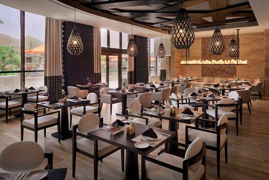 مطعم نايا اللبناني بالرياض